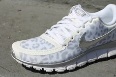 Nike WMNS Free 5.0 V4 - Leopard - White/Metallic SIlver also in Black/Grey Available October 2012... Want want!