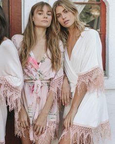 Trendy Wedding Day Morning Getting Ready Bridesmaid Robes Ideas Bridesmaid Get Ready Outfit, Bridesmaid Pyjamas, Bridesmaid Getting Ready, Bridesmaid Dresses, Wedding Dresses, Boho Bridesmaids, Bridesmaid Robes Cheap, Bridesmaid Gifts, Bridal Party Getting Ready