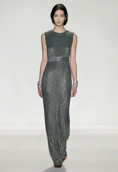 Another gorgeous Jenny Packham gown perfect for a gala dinner or special event