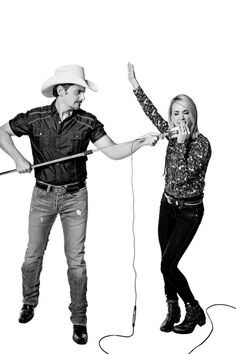 Carrie Underwood and Brad Paisley: His hometown has a population of and 2 stoplights, and her hometown has a population of and 4 stoplights. Country Music Lyrics, Country Music Artists, Country Songs, Country Girl Quotes, Girl Sayings, Country Girls, Carrie Underwood Pictures, Luke Bryan Quotes, Country Girl Problems