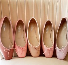 Five shades of pink inspired by five powerful women. Which pair of these ballet flats is your favorite?  #PinkPower #JosefinasPortugal