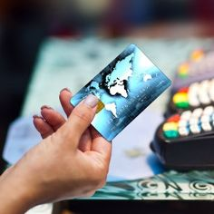 Find out the best credit cards for travelers.