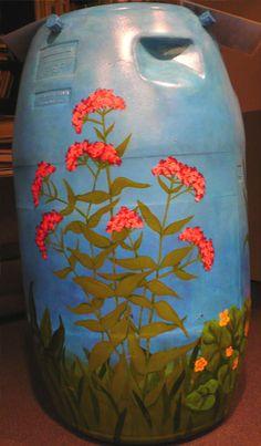 Vivian Visser painted rain barrel