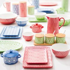 Our gorgeous new, exclusive to Farmers Homeware collection by Kate Reed.