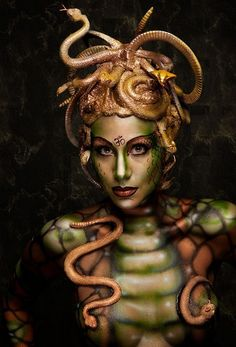 Medusa: fascinating body paintings by Nadja Hluchovsky ❥|Mz. Manerz: Being well dressed is a beautiful form of confidence, happiness & politeness