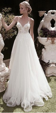 0865cb86b5c8 [210.99] Elegant Tulle V-neck Neckline A-line Wedding Dresses With Beaded Lace  Appliques