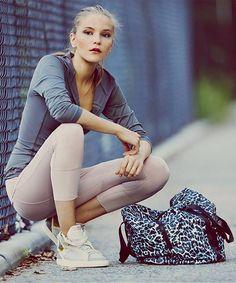 Smart casual look -Adidas by Stella McCartney