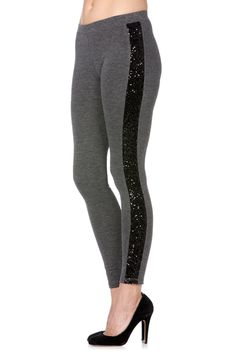 (http://www.missme.com/sequin-side-panel-charcoal-legging/wb-mdp002-charcoal/)