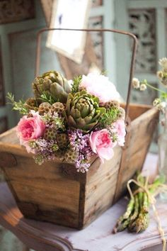 Never thought artichokes could look so pretty. Love it