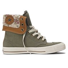 90f76a3de0bcc5 Converse Chuck Taylor All Star Green   Floral Print High Top.
