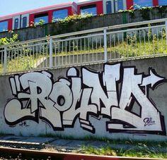 Graffiti an den Wänden - drawing - Grafitti Graffiti Alphabet Fonts, Graffiti Lettering, Graffiti Piece, Graffiti Murals, Photographie Street Art, Graffiti Spray Paint, Grafitti Street, Street Art Photography, Amazing Street Art