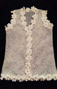 This Pin was discovered by HUZ Crochet Coat, Crochet Shirt, Crochet Jacket, Crochet Trim, Filet Crochet, Cute Crochet, Irish Crochet, Crochet Clothes, Crochet Stitches