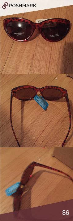 Tortoise Shell Sunglasses Frame NWT  Never used  Polycarbonate Lenses Ultraviolet Protection Accessories Sunglasses