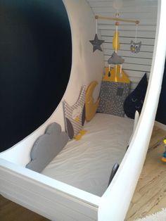 Le berceau lune pour les makers lit pour b b astuce bricolage et berceau - Lit bebe palette ...
