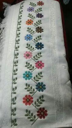 Cross Stitch Borders, Cross Stitch Rose, Cross Stitch Flowers, Cross Stitch Designs, Cross Stitching, Cross Stitch Patterns, Diy Embroidery Patterns, Hardanger Embroidery, Embroidery Motifs