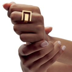 Gold Schlossgarten ring by Angela Hübel, for Hilde Leiss #geometric #contemporary #jewelry