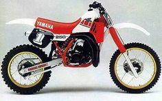 1985 Yamaha YZ250  , fun 2 stroke back in the days