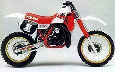 1985 Yamaha YZ250  , fun 2 stroke back in the days