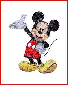 Mickey Mouse Art | Bouton Art Mickey Mouse | Swarovski Mickey Mouse | Tenture murale de Mickey | Collection Mickey Mouse | Peintures de Mickey Mouse  Chaque bouton Art Mickey Mouse est de 8 x 10 «, monté sur un Hardbord esperluette c'est 1/8» épais, et vous sera livré sans cadre dans un manchon de cellophane - emballé avec soin. Si vous souhaitez voir une vidéo d'éclat de Mickey en action, visitez ce lien et assurez-vous que HD est sur…
