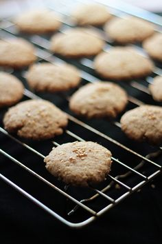 Vegan Sesame Coconut Cookies