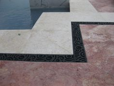 Oblio application around a pool