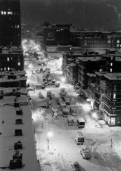 Snowstorm in New York City, 1947. Photo by Al Fenn