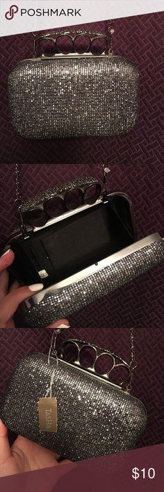 Brass knuckle clutch purse with chain Brass knuckle clutch purse with chain  (sparkly) Bags Clutches   Wristlets e5a4d782c701d