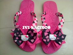 Sandalias decoradas con cinta o liston, Hello kitty