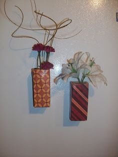 Stepping Thru Crazy: Magnet Vases