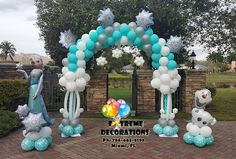 Frozen party decorations from Extreme Decorations. Balloon arch with snowflakes, Elsa and Olaf. Balloon decorations Miami. Frozen Elsa Cake table. Cloth backdrop with crystals, Tulle tutu skirt on both tables. Rhinestone details. Amazing cake created by Miriy from Azucar Creations. Extreme Decorations Ph: 786-663-8198 www.extremedecorations.com Frozen Birthday Outfit, Frozen Themed Birthday Party, Elsa Birthday, 4th Birthday Parties, Birthday Balloons, Frozen Party Decorations, Balloon Decorations, Birthday Party Decorations, Frozen Balloons