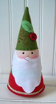 Santa with molding material - Navidad - noel Christmas Hearts, Christmas Makes, Simple Christmas, Christmas Holidays, Father Christmas, Handmade Christmas, Christmas Tree Drawing, Christmas Tree Cards, Christmas Crafts Sewing