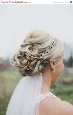 Gorgeous wedding headband/hair