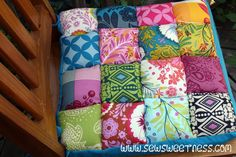 "FREE project: ""Junk in the Trunk Chair Cushions"" (from Sew Sweetness)"