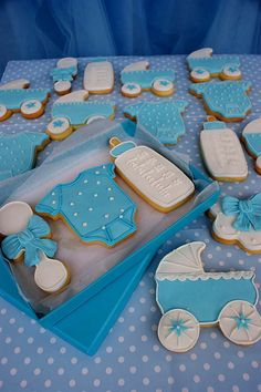 Baby cookies  by Veruscas Cake, via Flickr