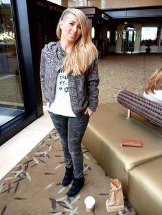 Cristina Boscá wearing Trad t-shirt by Pepe Jeans