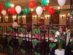 Why Italian Party Theme Decorations Had Been So Popular Till Now? Italian Party Decorations, Italian Centerpieces, Party Centerpieces, Dinner Themes, Party Themes, Ideas Party, Italian Themed Parties, Pizza Party Birthday, Italian Night