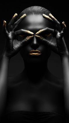 Black Girl Art, Black Women Art, Portrait Art, Portrait Photography, Portraits, Bild Gold, Mode Poster, African Art Paintings, Photographie Portrait Inspiration