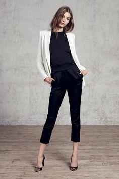 Primer Vistazo: Karlie Kloss se une a Kate Moss y Pedaru Karmen para la campaña de Mango Otoño Invierno anuncio | Grazia Fashion