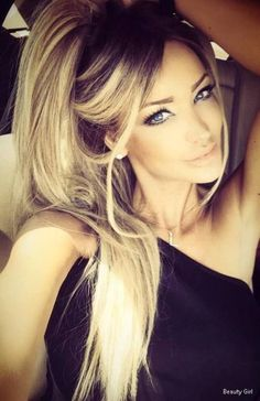 flawless makeup and her hair color is perfection! Beauté Blonde, Corte Y Color, Great Hair, About Hair, Big Hair, Messy Hair, Gorgeous Hair, Beautiful Eyes, Gorgeous Makeup