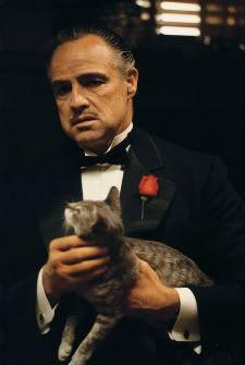 The Godfather: Francis Ford Coppola, Marlon Brando (Vito Corleone), Al Pacino (Michael Corleone). Al Pacino, Marlon Brando The Godfather, Godfather Movie, Godfather Tattoo, Godfather Quotes, Scarface Movie, La Haine Film, Don Corleone, Corleone Family