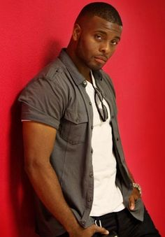 Kel Mitchell, actor, comedian, dancer, writer & producer. He is best known for his role on the Nickelodeon sketch comedy series All That, his portrayal of Kel Kimble on the Nickelodeon sitcom Kenan & Kel, his role as Ed in the film Good Burger, the voice of Dutch in the Disney XD cartoon Motorcity, & the voice of Jay Jay in the Nicktoons Wild Grinders. Currently, he is a part of G4's Attack of the Show! & has a recurring role on the PBS Kids show Curious George. He is married to rapper Asia…