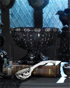 Halloween Punch Bowl and Skeleton Ladle Holidays Halloween, Happy Halloween, Halloween Party, Halloween Decorations, Hades Disney, Halloween Punch Bowl, Dark Punk, Skull Wedding, Gothic Wedding