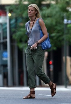 Gwyneth Paltrow's relaxed West Coast style - in a Kain Label Classic Pocket Tee.