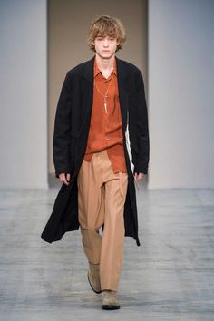 Male Fashion Trends: Federico Curradi Fall-Winter 2018-19 | Milan Fashion Week