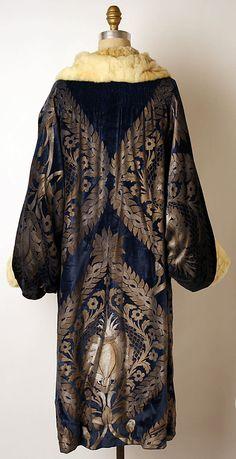 Coat, Evening  Maria Gallenga (Italian, Rome 1880–1944 Umbria)  Date: 1925–26 Culture: Italian Medium: silk, fur