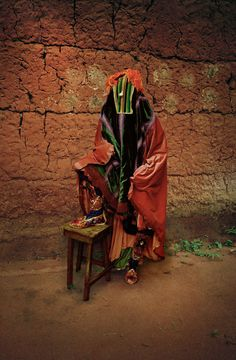 """Think Kirby darksilenceinsuburbia: """" Leonce Raphael Agbodjelou. Untitled (Vodou Series), Leonce Raphael Agbodjelou's photographs of the people of Porto-Novo, Benin (formerly Republic of Dahomey). West African Countries, Style Africain, Contemporary African Art, Saatchi Gallery, African Artists, Out Of Focus, London Art, African Culture, Art Photography"""