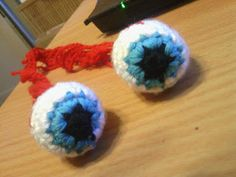 Crochet Eyeball Free Pattern:  Because every zombie hat needs an eyeball almost falling out of it.  Duhhh.   \