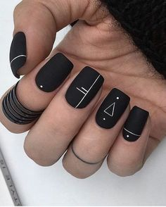 Matte Geometric Nails A universal nail style that suits anyone. Geometric nail art offers plenty of space to be creative. From lines and dots to rectangles and triangles, with its crisp lines and clever design, geometric nail art is here to stay. Fall Nail Art Designs, Black Nail Designs, Acrylic Nail Designs, Fall Designs, Nails Design Autumn, Nail Art Ideas, Toe Designs, Short Nail Designs, Manicure Ideas