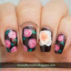 Vic and Her Nails: GOT Day 17 - Flowers