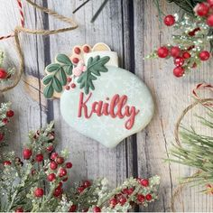 "Heather Allen on Instagram: ""Personalized floral ornament cookies are sure to bring a smile! Perfect to gift or use as place settings! @lbcustomcookies made this…"" Sugar Cookies, Christmas Cookies, Christmas Ornaments, Christmas Biscuits, Christmas Party Food, Personalized Ornaments, Custom Cookies, Place Settings, Cookie Decorating"